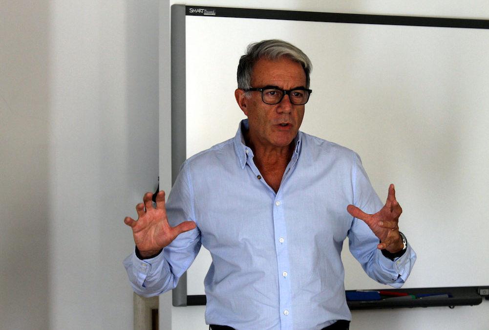 EP 05 Mitos sobre hablar en público, conflicto dramático y nervios con Carlos Salas